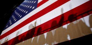 Public charge là khái niệm mà những người nhập cư Mỹ nên tìm hiểu